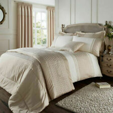 Catherine Lansfield Lille Gold Bedspread