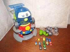 Rare Disney Pixar Cars 2 Squinkies Globie Distributeur Figure Toy Playset HOTWHEELS