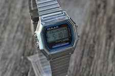OMAX Gents-Mens Digital Chronograph Silver Tone Metal Bracelet Watch Retro style