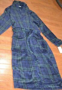 The Extra Soft Plush Robe Croft & Barrow Easy Care Green & Navy Plaid Robe