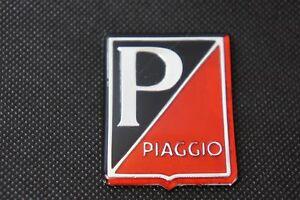 VESPA Piaggio Legshield Red/Black Adhesive Badge