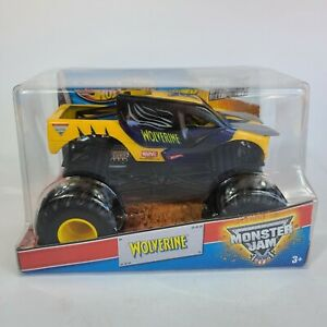 1/24 Hot Wheels Monster Jam Wolverine Diecast Advance Auto Parts 2013 New