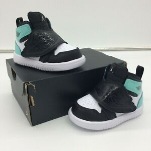 Nike UK 4.5 EU 21 Sky Jordan 1 Leder Sneaker schwarz blau Kinder Kleinkinder M