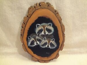 VTG LIVE EDGE WOOD WALL ART HAND-PAINTED RACOONS PLAQUE-NATURE RUSTIC-SIGNED