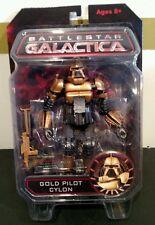 BATTLESTAR GALACTICA EXCLUSIVE GOLD PILOT CYLON CASE FRESH!