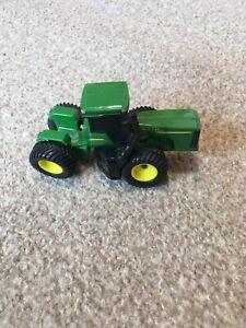 Ertl John Deere 4 Wheel Drive Tractor - Scale 1:64