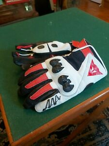 Dainese gloves. Might c2 size small. Little use vgc.
