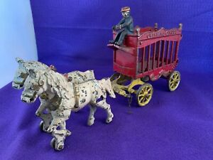 ANTIQUE KENTON CO CAST IRON TOY OVERLAND CIRCUS HORSES CAGE WAGON & DRIVER #4193