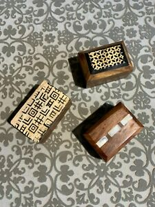 Wooden boxes, set of 3 small boxes made of Walnut and inlay on top of each box.