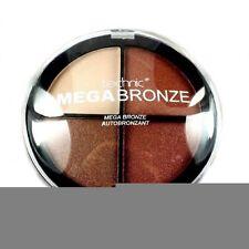 Bronze Teint Make-up mit Schimmer und Kompaktpuder