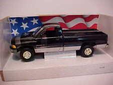 ERTL 1/18 1995 DODGE RAM 2500 SLT LONG BED TRAY (UTE) (black/silver trim)  BOXED