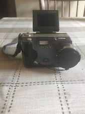 Sony Cyber-shot DSC-S30 Digital Camera with 16mb memory stick
