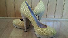 $800 Gucci Raffia Bumblebee Yellow Woven Leather Cork Platform Shoes Heels 8.5