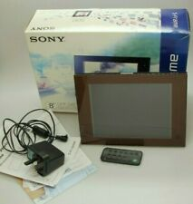 """Sony Digital Picture photo frame with clock 8"""" DPF-D80"""