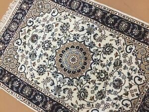 """2'.2"""" X 3'.2"""" Ivory Navy Blue Fine Floral Oriental Rug Hand Knotted Wool & Silk"""