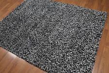 5' x 7' Handmade Wool Blend Shag Modern Area rug 5x7 Blank & white