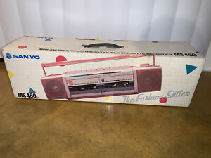Vintage Rare Sanyo MS450 Grey w/ Pink Trim BRAND NEW OPEN BOX Cassette Radio