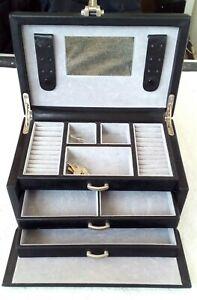 Schmuckkasten , schwarz , Windrose , Schlüssel ,  ca.24,2 x 15,6 cm