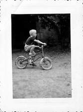 PHOTO JEUNE GARCON A BICYCLETTE BICYCLE
