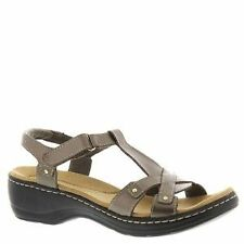 Clarks Women's T Bar Sandals and Beach Shoes