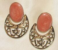Vintage Gold Tone Peach Swirl Enamel Dangle Door Knocker Pierced Earrings K103