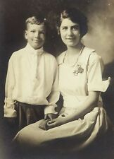 "VINTAGE EARLY 1900'S PHOTOGRAPH - UNIDENTIFIED MOTHER & SON POSING - 4"" X 6"""