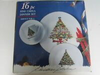16Pc Dinnerware Set Knightsbridge Int. Fine China w/ Christmas Tree & Gold Trim