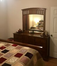 6 Piece bedroom set - Queen Size