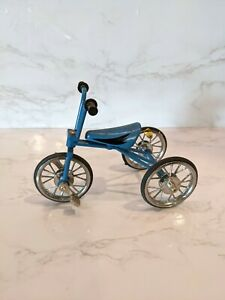 Tricycle 1:10 Diecast Model Blue Bicycle