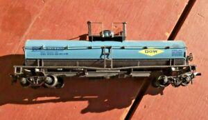 ATHEARN HO Scale Blue Tanker Car  DOW X-38370