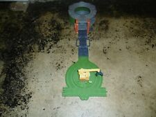 Thomas the Tank Engine Take and Play Scrapyard clean up team playset (K)