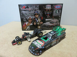 Eric Medlen Tribute John Force Action 1/24 Diecast Funny Car 2007 Ford Mustang