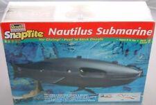 20,000 LEAGUES UNDER THE SEA : NAUTILUS SUBMARINE PLASTIC MODEL KIT