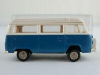 Brekina VW-Campingwagen T2 mit Aufstelldach u. Reserveradhalter in blau 1:87/H0
