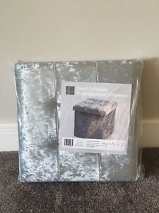 SMALL FOLDABLE SILVER CRUSHED VELVET OTTOMAN/STORAGE BOX/CUBE