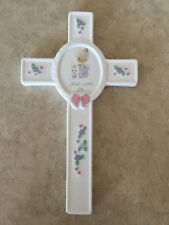 """Precious Moments """"Jesus Loves Me"""" Porcelain Bisque Cross, 1990"""
