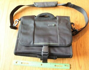 SOLO Check Fast Computer Accessory Travel Bag Black small laptop messenger bag