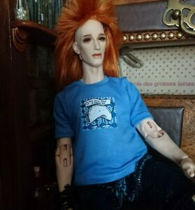 Fits 1/4 bjd. Will fit phicen 1/6 blue 'great day'  t-shirt. 🚻 Handmade in UK.
