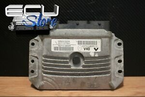 ECU / CONTROL UNIT Engine 237104856R 237101353R 5071077991 - Renault
