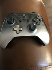 Microsoft Model 1708  Xbox One Wireless Controller - Phantom Black ***READ***