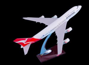 Qantas 747 32cm Plane Model On Stand ✈747 Airplane Resin Model