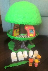 Vintage 1975 KENNER Family Treehouse TREE TOTS HOUSE Furniture CHIP Willow HONEY