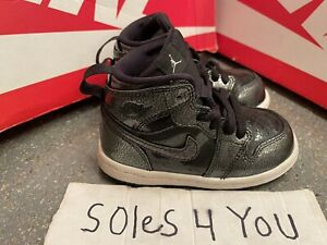 Nike Air Jordan 1 Retro Mid Black 705304-017 Size 7c