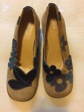 CAMPER Gold Yellow Brown Twins SHOES Low Heel Leaves Flowers Sz 36 6 EUC