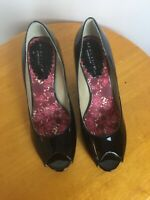 Women's Reaction Kenneth Cole Patent Leather Shoes Wedge Heel Size 9 Black