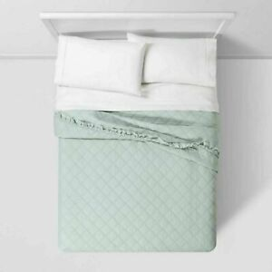 THRESHOLD Vintage Washed Ruffle Quilt full queen Mint Green fast free shipping