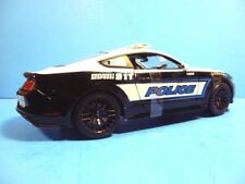 MAISTO 1:18 SCALE DIECAST MODEL CAR - 2015 FORD MUSTANG GT POLICE CAR