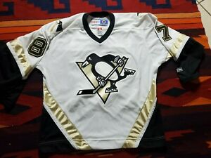 CCM Sidney Crosby NHL Pittsburgh Penguins Jersey Sewn Stitch—Men's L.