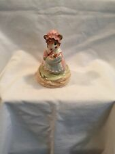 Porcelain Music Box Momma Mouse Holding Baby Mouse