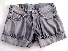 Mini Short LE TEMPS DES CERISES W26 Taille 36 en Jean mod Camden coupe 4 poches